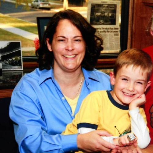 Picture of Timmothy Pitzen and his mother Amy. (Image credit here.)