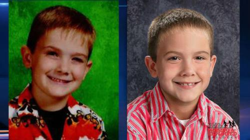 (The left picture is of Timmothy before his disappearance. The right is an age-progression picture of what Timmothy might look like as a 10-year-old. (Image credit here.)